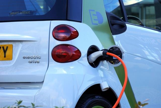 10/8『電気自動車と脱炭素交通テーマ』事例発表&ミートアップを開催します